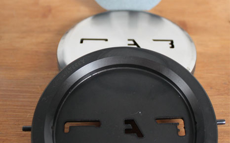 Stanzwerkzeug für TRUMPF-Stanzmaschine zerlegt