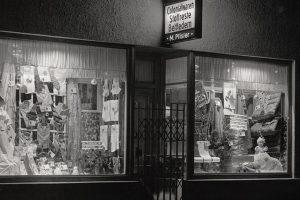 Ladengeschäft (Verkauf von Haushaltsartikel) Josef Mayer-Straße (damals Hechingerstraße)