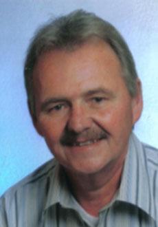 Friedrich Pfister Eintritt in die Firma 1978 Inhaber von 1990-2002 Geschäftsführender Gesellschafter seit 2002